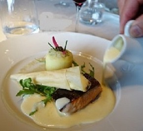 Monumental Dining Over Paris